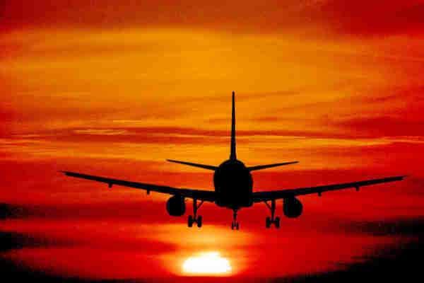 aereo all'orizzonte