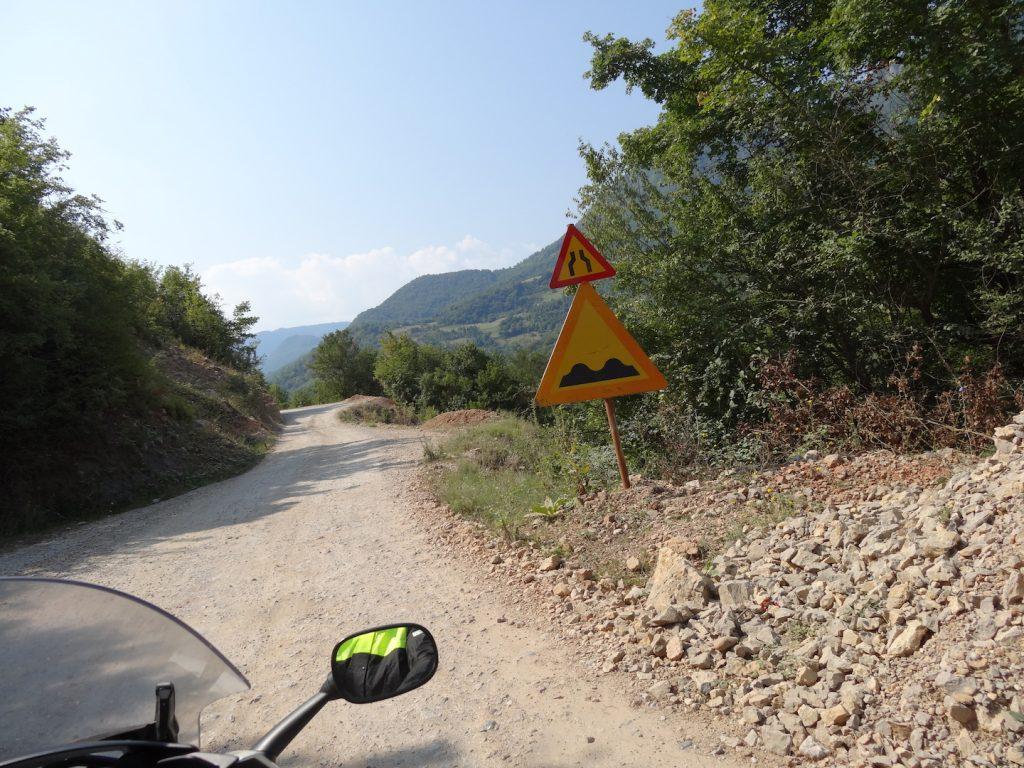 Strada canyon Tara