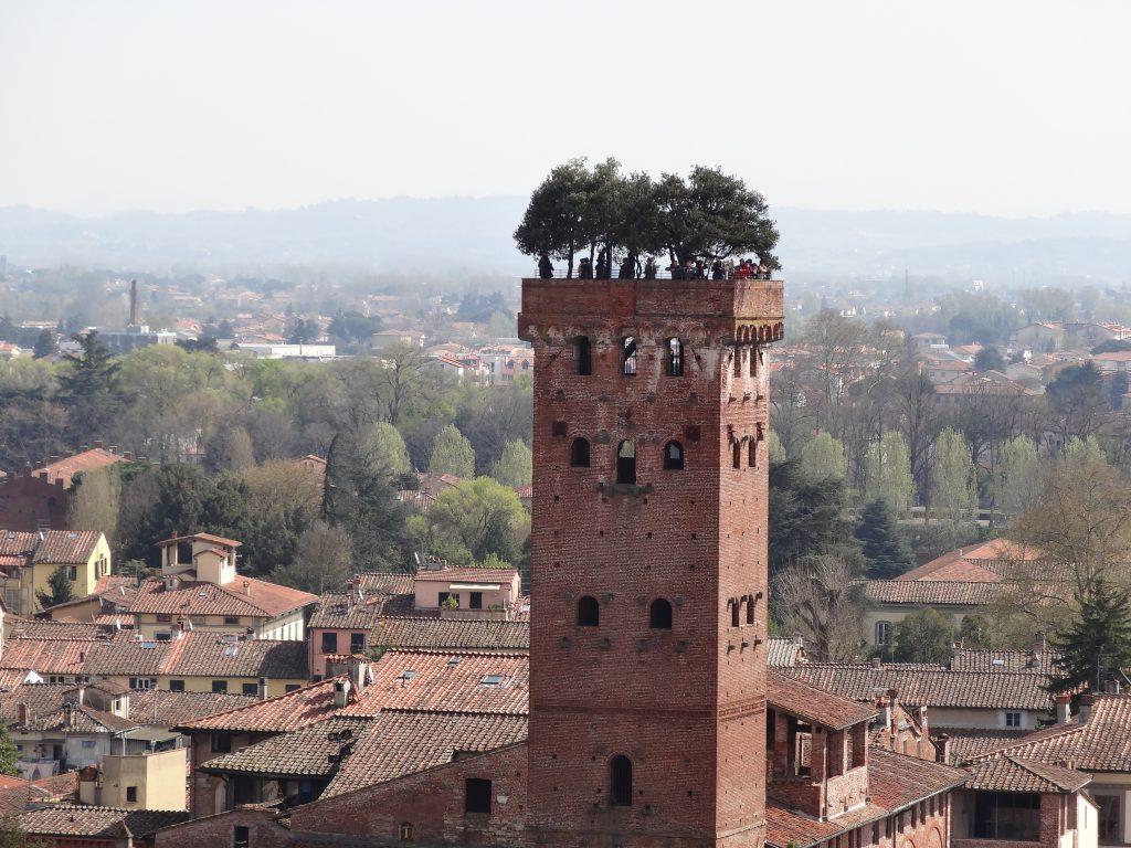 Torre del giardino pensile Lucca