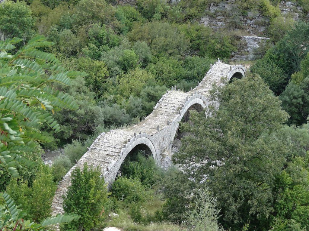 ponte di zagori a 3 archi