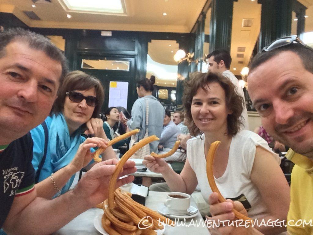 San Gines colazione con churros