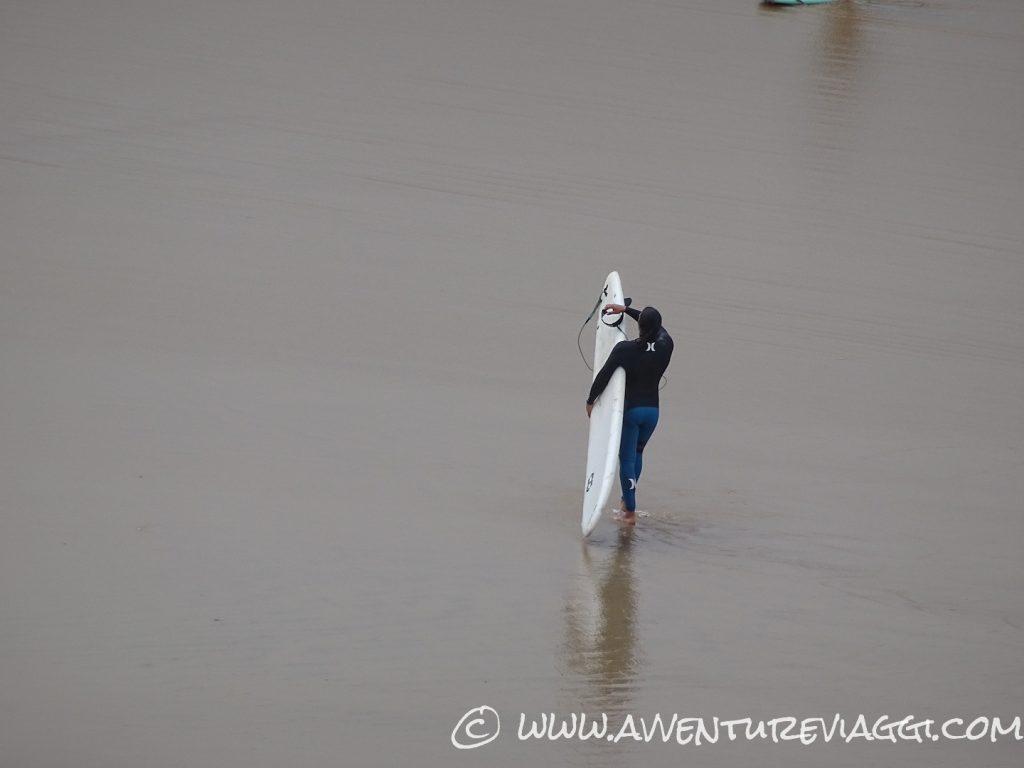 surfista a Biarritz
