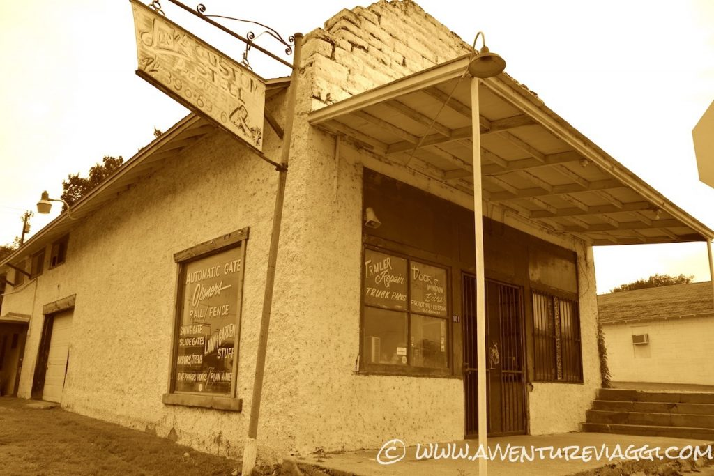 old store in the route66