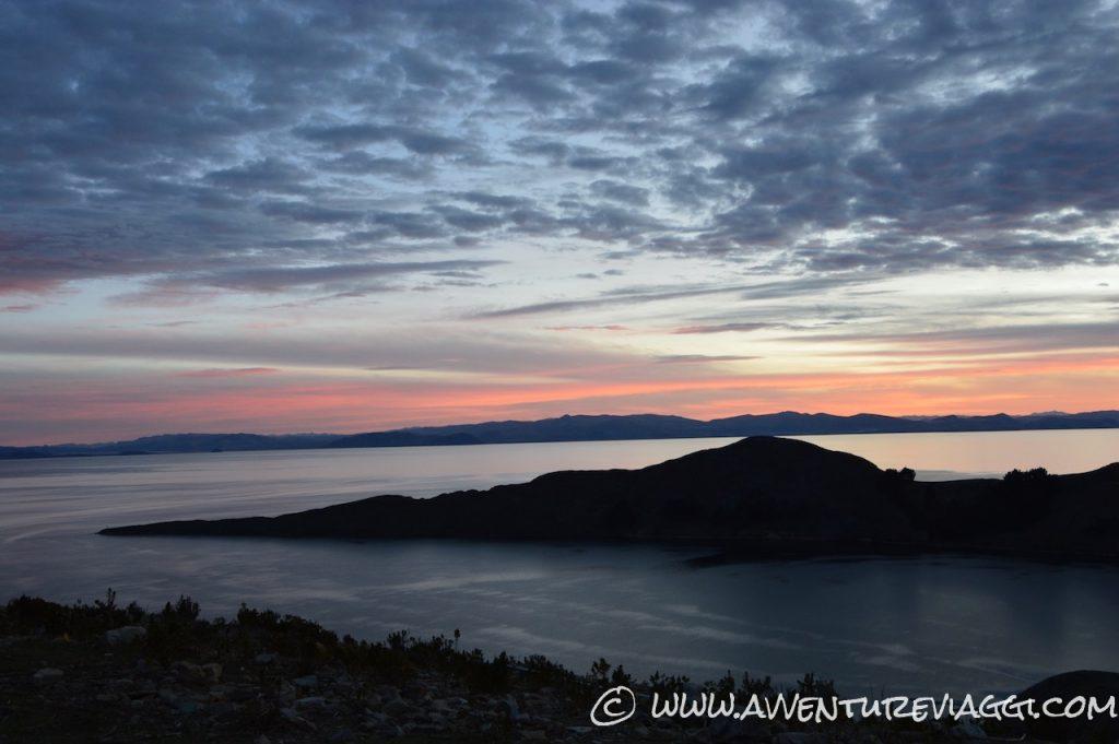 isla del sol tramonto