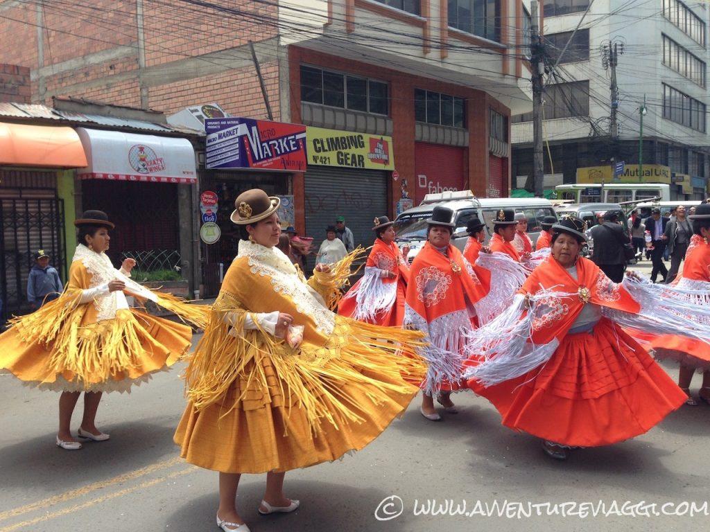 la paz ballo per strada