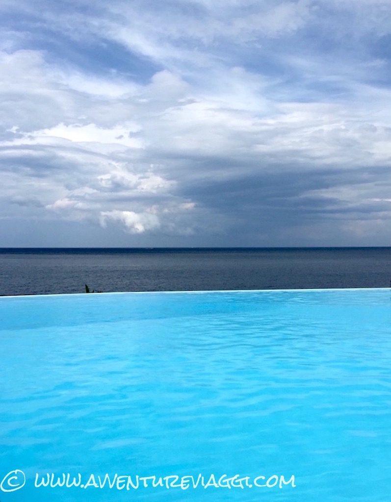 Acireale piscina nel blu